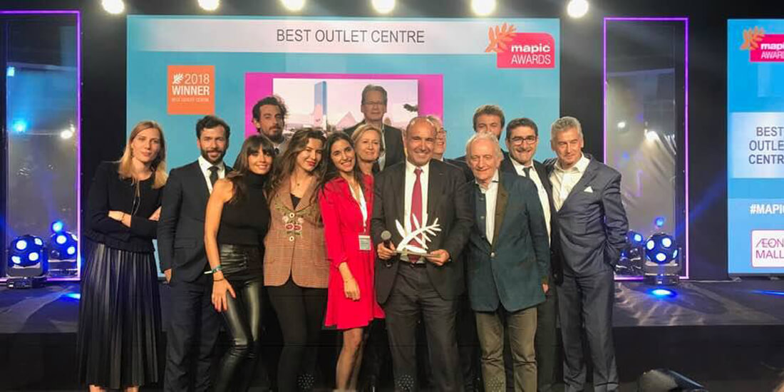Award-Mapic-2018-the-village