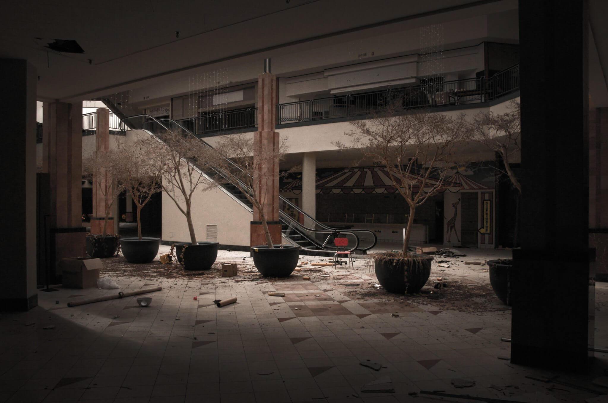 centres-commerciaux-declin